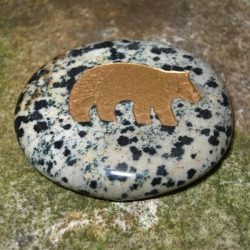 ENGRAVED TOTEM STONE - SEMI-PRECIOUS GEMSTONE - BEAR (POWER, CUNNING)