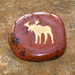 ENGRAVED TOTEM STONE - SEMI-PRECIOUS GEMSTONE - MOOSE (STEADFAST, SOLITUDE)
